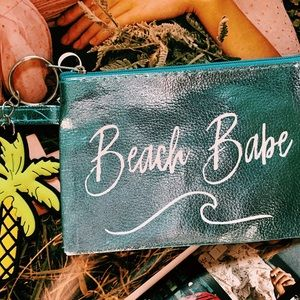Cute ! Beach babe wristlet with palm tree keychain